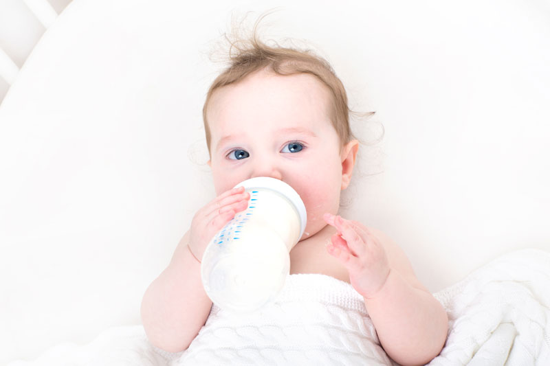 Formula Fed Babies More Likely to Be Exposed to This Poisonous Substance